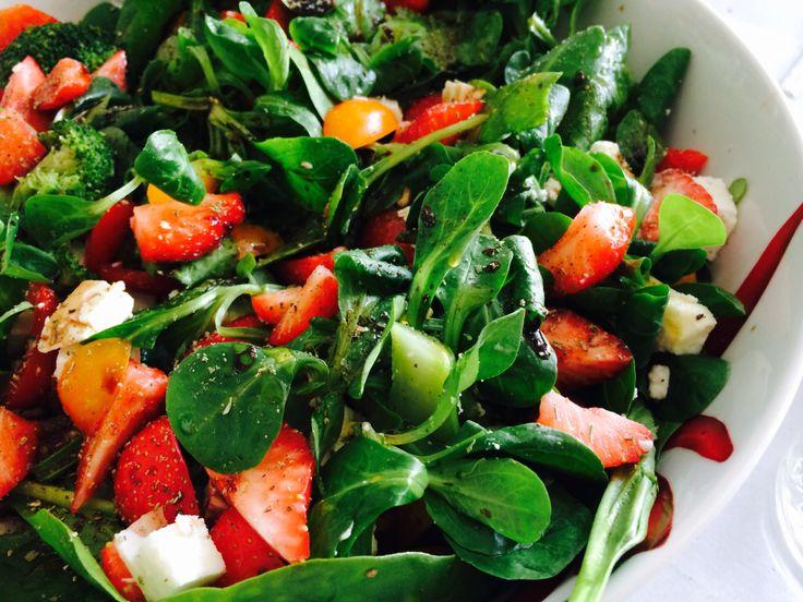 Liefer❤️ food.  Salades www.liefereten.nl