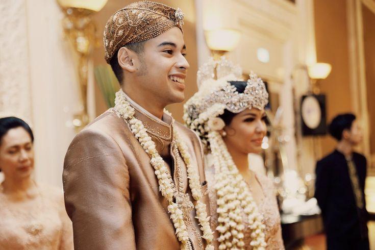 Pernikahan Tema Pastel Peranakan - the bride dept wedding kara andika shangrila hotel peranakan pastel sunda jawa antiijitters gaia nata slaras