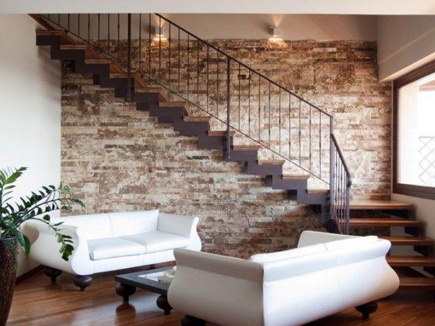Oltre 25 fantastiche idee su scale in pietra su pinterest - Pietra parete interna ...