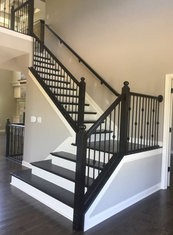 Best New Hampton Newel Post Knuckle Wrought Iron Spindles 400 x 300