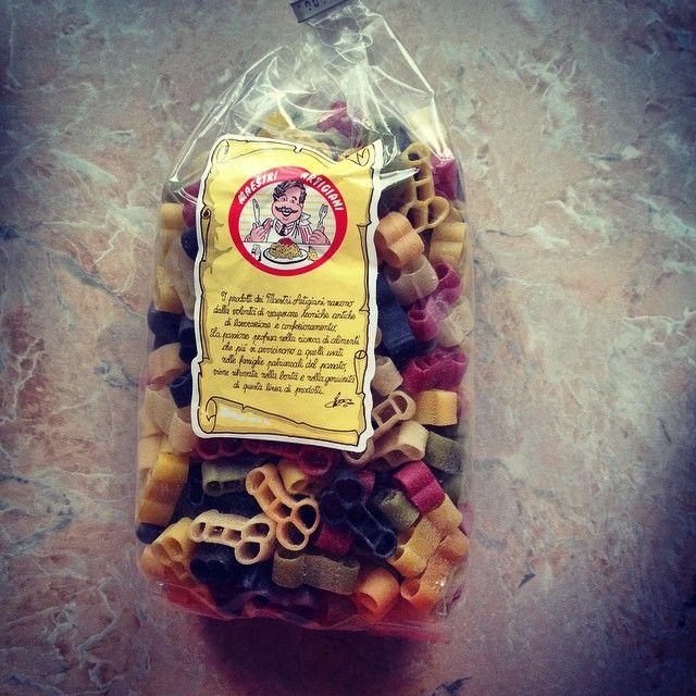 Дмитрий Калинкин Как и люди, макароны тоже бывают разными! Привет @olga_stepochkina Жду исключительных гостей, поэтому еда особенная. #выходной #италия #еда