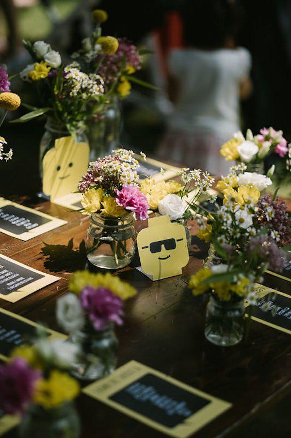 Matrimonio Tema Lego : Un matrimonio a tema lego seating plan table decorations home