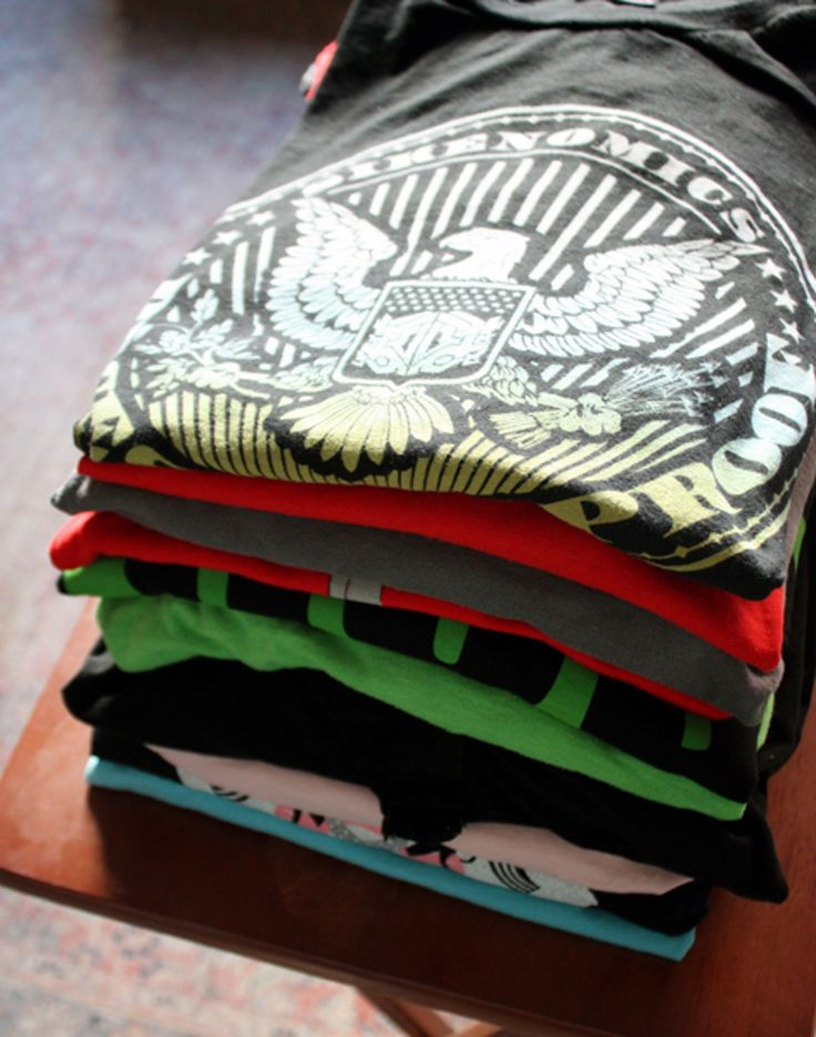 How To Hang 10 Shirts In 10 Seconds — Home Hacks