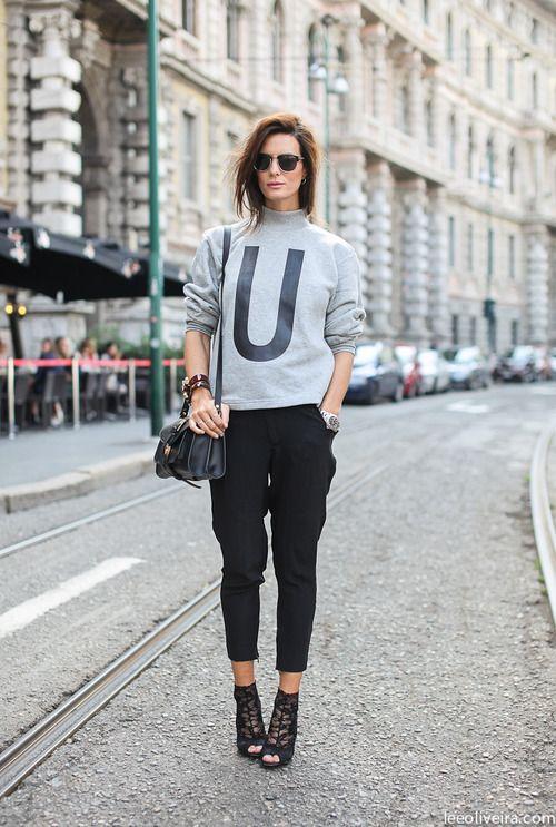 Tendances de Mode.com - Sweat Shirt Monogramme U