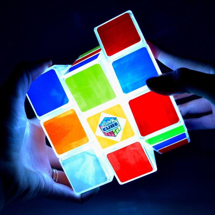 17 meilleures id es propos de rubicks cube sur pinterest cube de rubik rubis cube et design. Black Bedroom Furniture Sets. Home Design Ideas