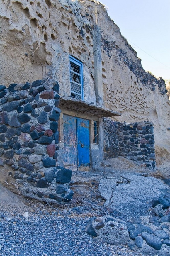 traditional cave house #Santorini