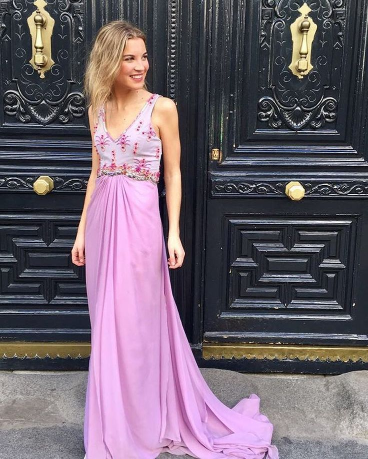 51 best Vestidos boda images on Pinterest | Party outfits ...