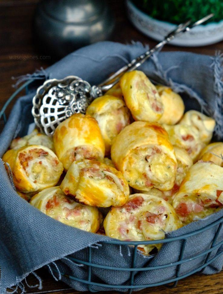 Schnelles Party Rezept: Blätterteigschnecken mit Schinken, Salami, Crème fraîche, geriebenem Gouda | waseigenes.com