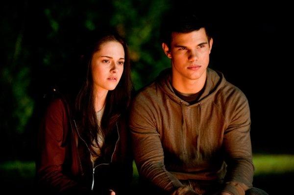 Bella  Jacob  Twilight Movie, Twilight Saga, Jacob Black -4340