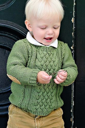 Like this design? Check out Kate's book, Knits for Boys, for more awesome designs for little men.
