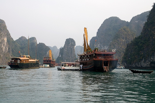 Halong Bay, Vietnam (UNESCO World Heritage Site)