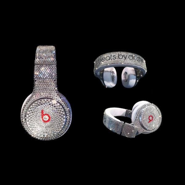 I found 'Dr Dre Beats Pro Swarovski Headphones' on Wish, check it out!