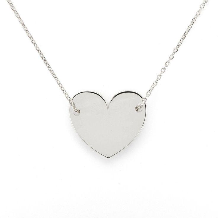 Colgante pequeño de corazón de plata de primera ley con cadena de plata. #colgante #pendant #plata #silver #joyas #jewelry
