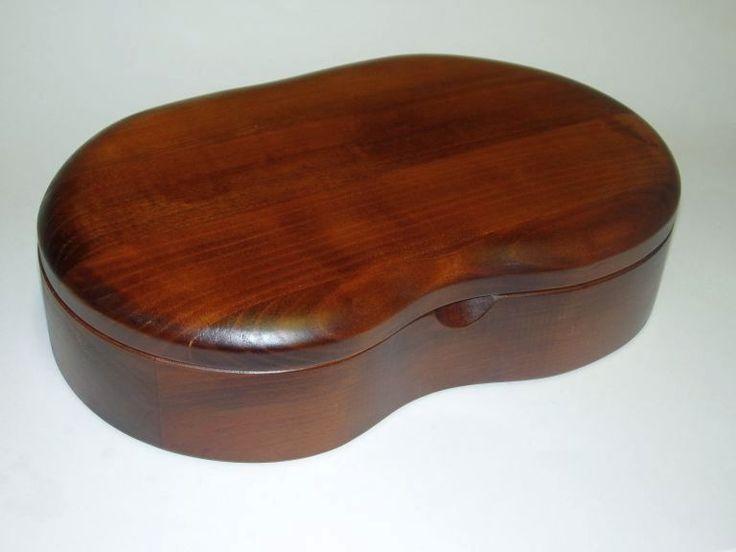 64.00 € www.soly-toys.com Handmade wood jewelry box - Bradford