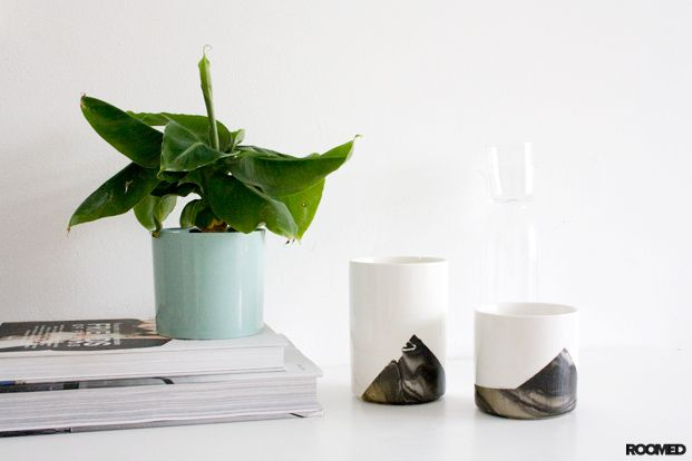 DIY: Vase with marble look - Roomed