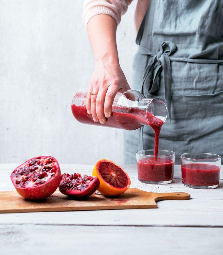 Smeuïge smoothie van rode biet en granaatappel en bloedsinaasappel - Thursday Dinners