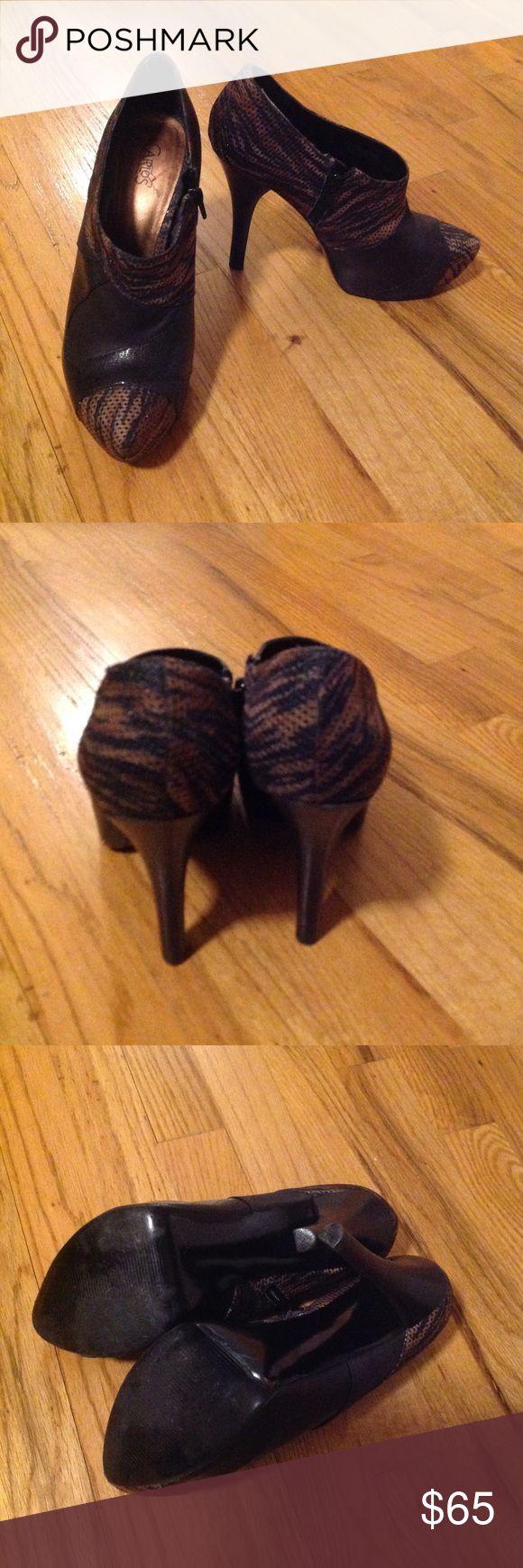 Womans Carlos by Carlos Santana High Heels 👠 Womans Size 8.5 Carlos by Carlos Santana High Heels 👠 - Gently Worn Carlos Santana Shoes Heels