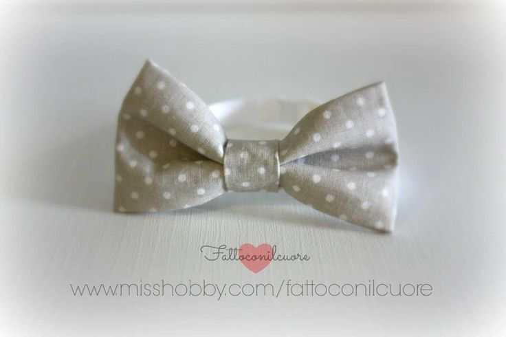 Farfallino papillon per il tuo bambino  realizzato a mano in tessuto a pois , by fattoconilcuore, 12,00 € su misshobby.com #misshobby #corredo #abbigliamento #baby #papillon #farfallino #pois #handmade