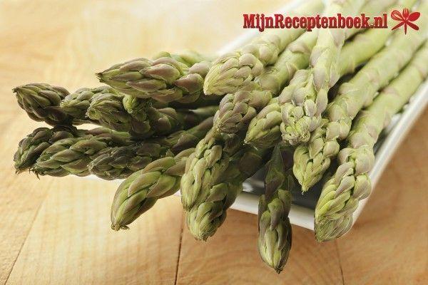 Scholrolletjes met zalm en asperges in dilleroomsaus recept