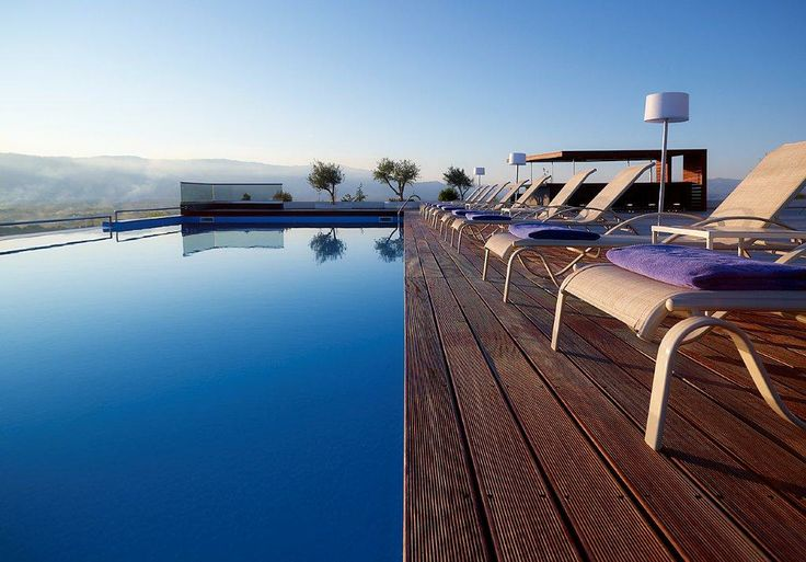 Ananti City Resort is a modern, stylish and luxurious resort that will mainly appeal to its guests for its combination of contemporary facilities and indulgent services, alongside the unbeatable benefit of providing countless choices for outdoor activities. http://www.tresorhotels.com/en/hotels/25/ananti-city-resort