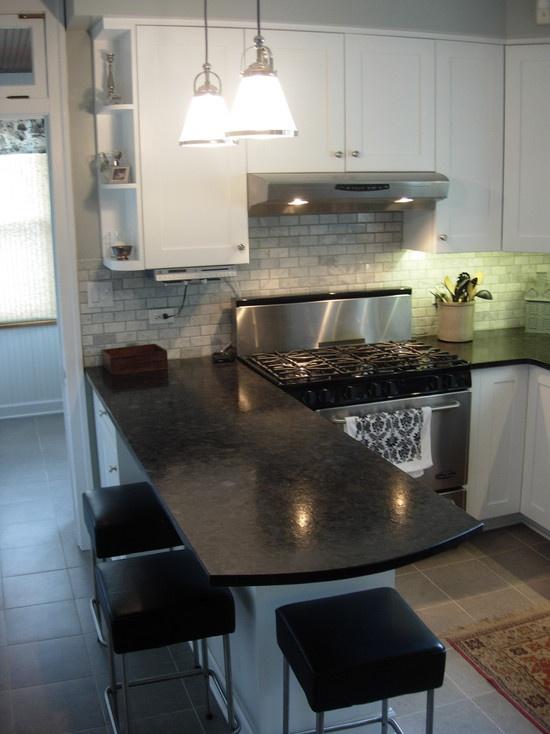 17 best images about chicago bungalows on pinterest 2nd for Kitchen designer chicago