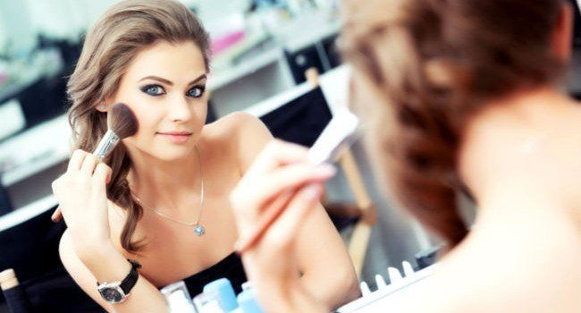 Dicas de maquiagem para olhos claros