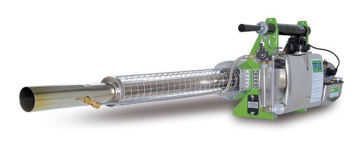 Generador de gotas que salvan vidas TERMONEBULIZADOR IGEBA - TF 35  Depósito de producto: 5,7 Lts Consumo de combustible: 2,0 l/h Rendimiento de cámara de combustión: 18,7 / 25.4 kw / cv Salida de solución max. (base de aceite): 42 l/h Material: acero inoxidable Peso: 7,9 Kg