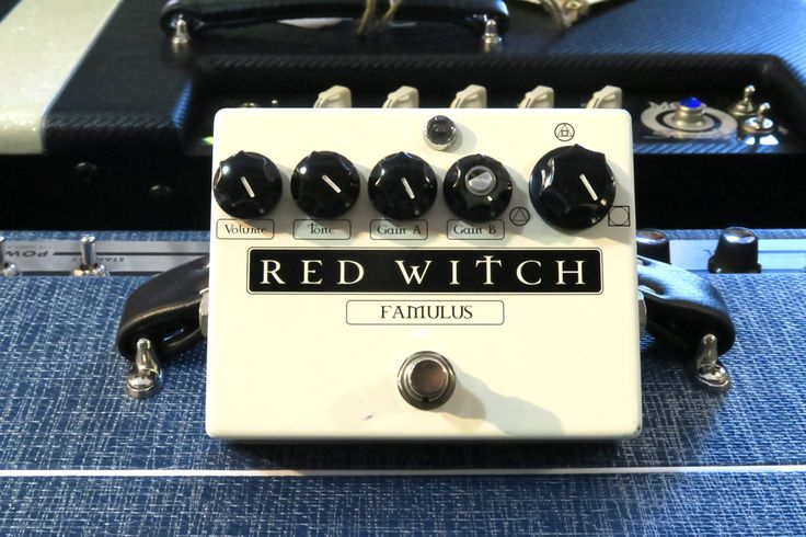 Red Witch Analog Famulus Distortion (Pre-Owned)