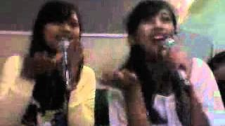 Shinta Nanda and Yeni Heryani-Malu Malu MAu (cover Super Girlies)