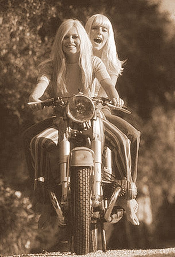 92 Best 80s Outfits Images On Pinterest: 92 Best Images About Vintage Motorcycle Women On Pinterest