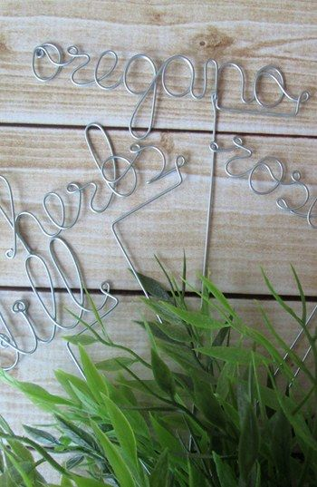 Need this for gardening! Etsy & Nordstrom present: Herb Plant Markers