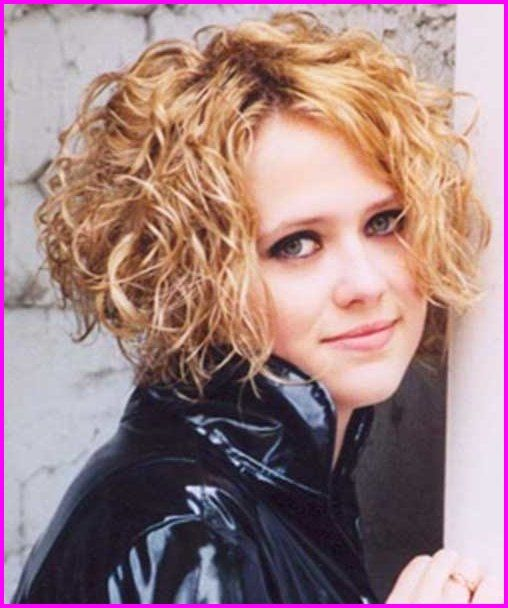 Best Short Haircuts For Curly Hair Round Face 2019 Short Curly