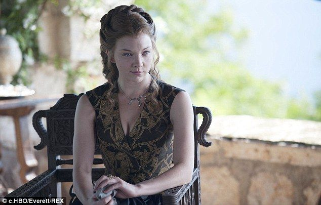 Another beautiful image of 'Margaery Tyrell' in Games of Thrones, wearing Rubelli Poliphilo 30000-04.