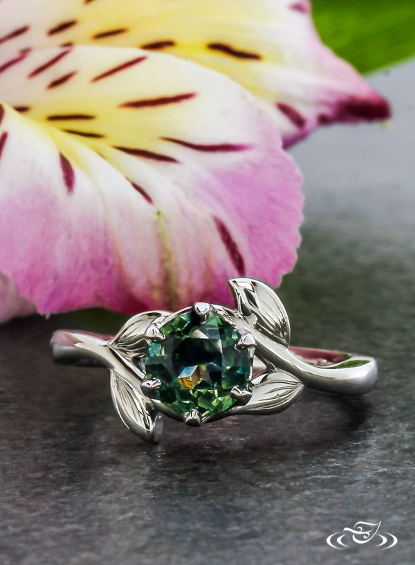Montana Sapphire in a unique organic engagement ring. #GreenLakeJewelry