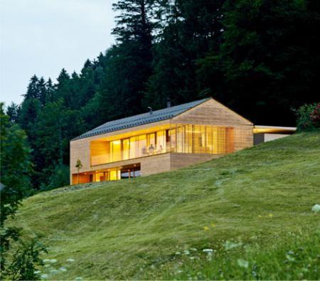 house in the mountains by Dietrich Untertrifaller ZT,Foto: Stefan Müller-Naumann