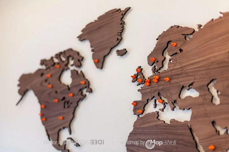 Mapawall.com – Wooden world map deco