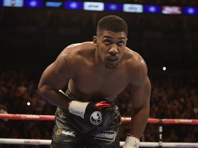 "Anthony Joshua ready for ""war"" with Charles Martin in the ring"