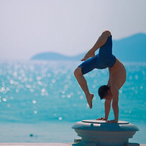 There are many forms of Yoga and one of them is Ashtanga Vinyasa series which is related to the modern world. This series helps to maintain a fire in your body which removes toxic elements and uses breath for cleansing your blood. This helps to maintain a balance in the body which is less affected by ailments.