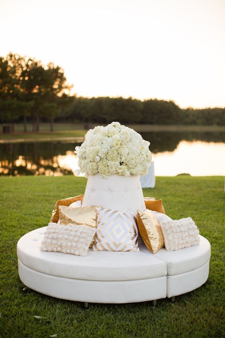 Classic wedding reception idea; photo: Archetype Studios