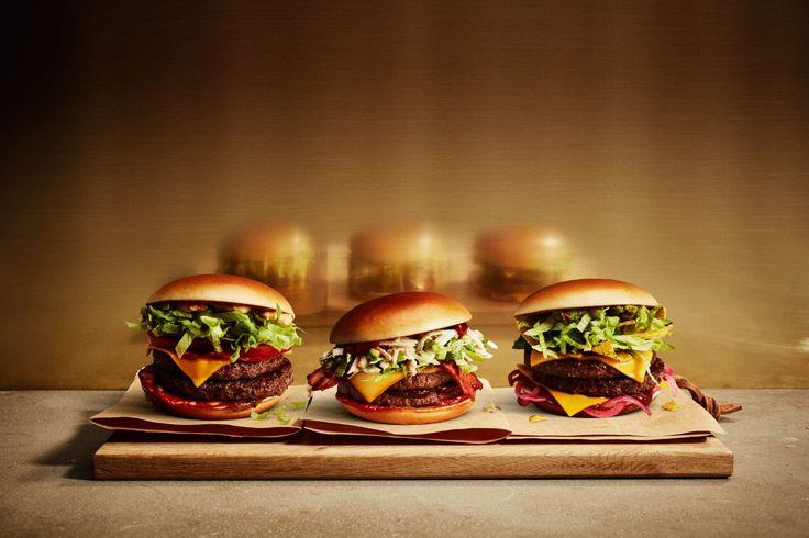 Jureskog tre nya gourmet-burgare på McDonalds - så heter dom 2017: http://www.senses.se/jureskog-fortsatter-med-gourmet-burgare-pa-donken/