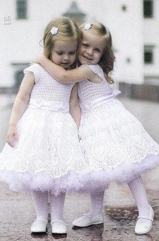 Три платья для девочек крючком