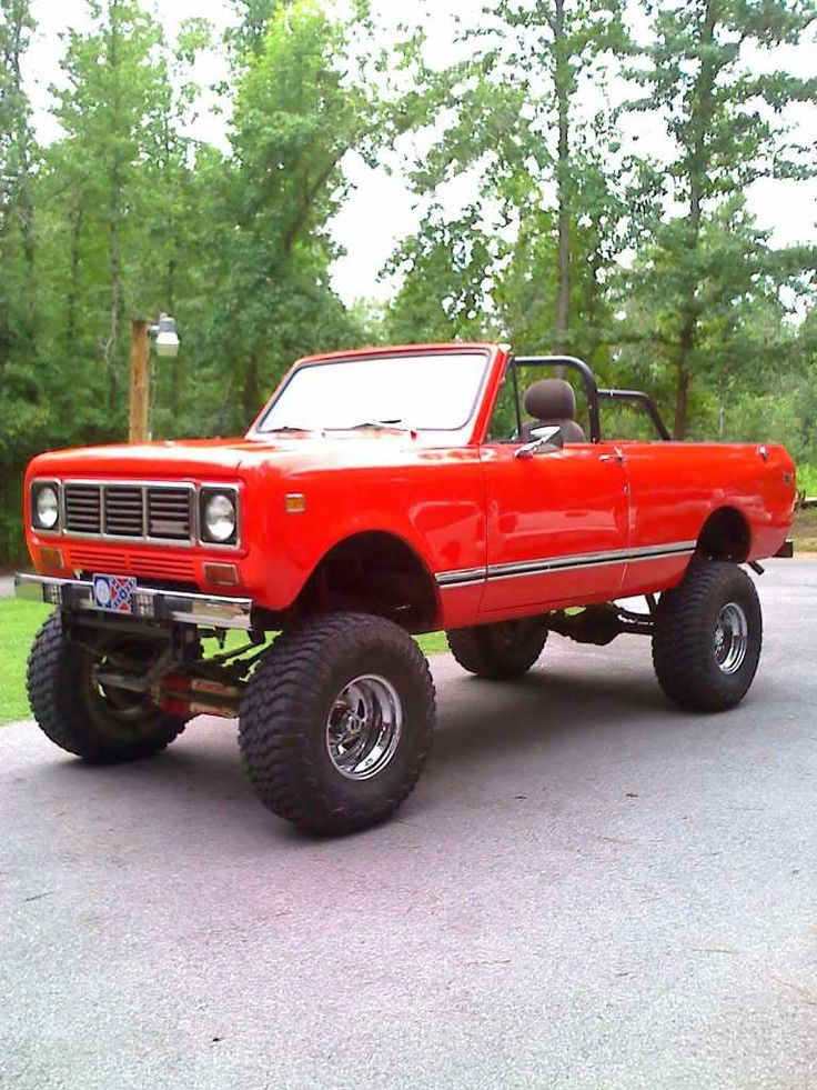 International Harvester Scout Traveler with SOA conversion IH