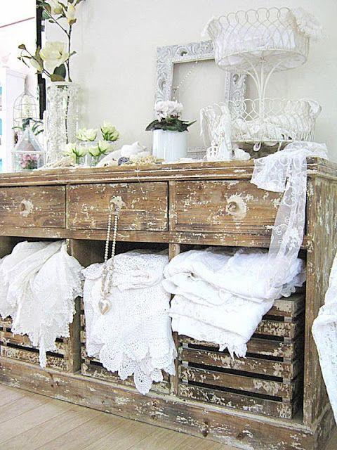 Vintageandart: White on White.