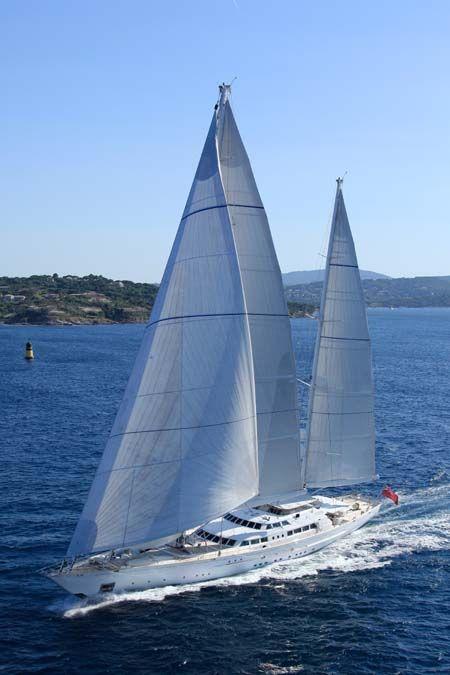 Perini Navi 210 Sailing Yacht FELICITA WEST