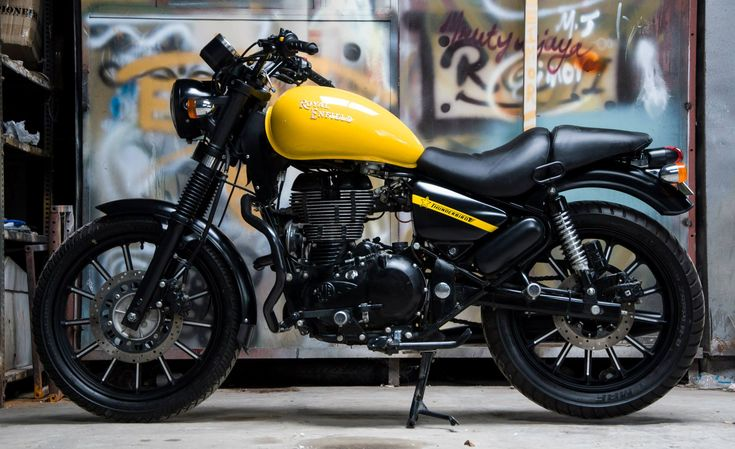 One of the first things that come to mind when Royal Enfield comes into the discussion is that these Indian bikes are probably the closest to the real retro bikes of yore one can lay a hand on.