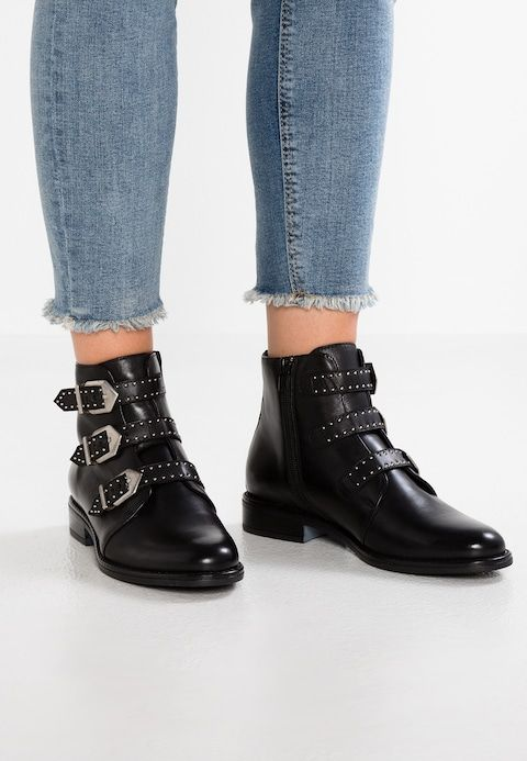 a089e71e99be5b Pier One Ankle Boot - black - Zalando.de