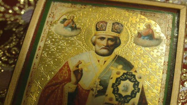 Παναγία Ιεροσολυμίτισσα : Η εικόνα του Αγίου Νικολάου που μυρόβλησε και Η ει...
