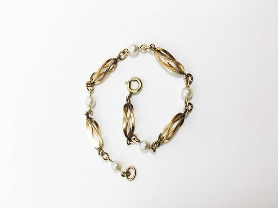 12k Gf Bracelet 12 Karat Gold Filled Spiral Cage Motif Etsy Pearl Chain Estate Jewelry Jewelry Gifts