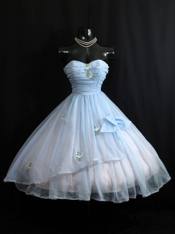 Vintage 1950's 50s STRAPLESS Baby Blue Ruched Embroidered Applique Chiffon Organza Party Prom Wedding Dress Gown