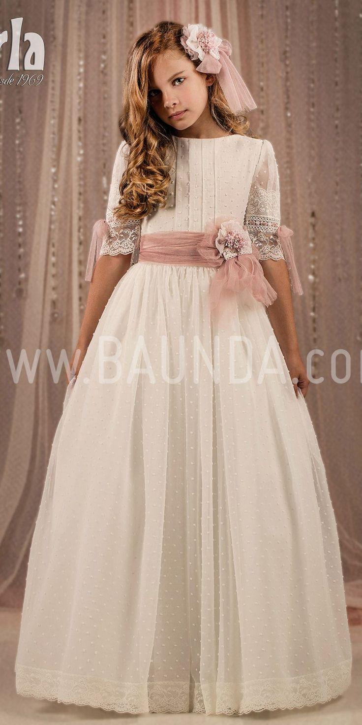 Vestido de comunión plumeti 2018 Marla modelo H277 Preciosa manga francesa con tul rosa y encaje a juego. Fajín de tul rosa palo Pide cita y pruébatelo